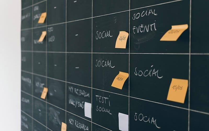 frequencia redes sociais advocacia