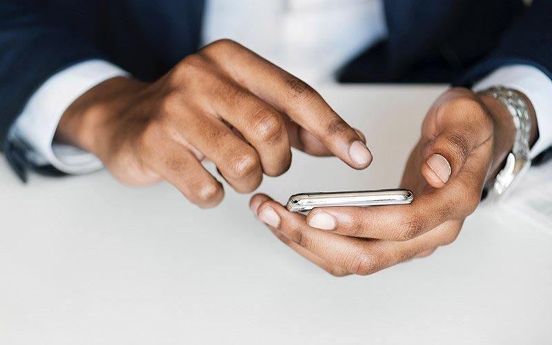 captar clientes redes sociais advocacia